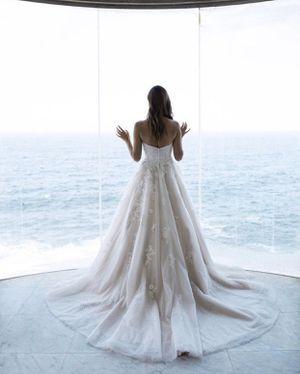 Mia Solano Wedding Gown for Sale in Chandler, AZ