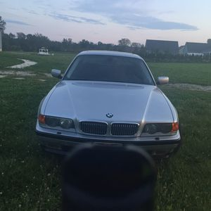 2001 bmw 740i m-sport (e38) for Sale in Lorain, OH