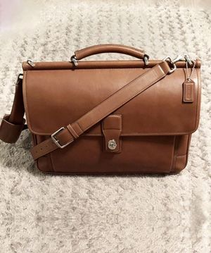 Men's Coach Barclay briefcase paid $598 Like new! for Sale in Washington, DC