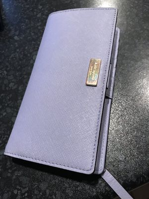 Beautiful Lavender Special Edition Kate Spade Wallet for Sale in Staten Island, NY