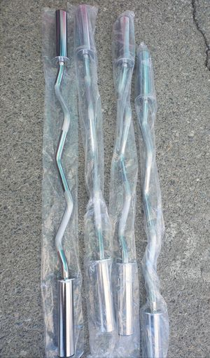 New Olympic curl bars.. only 3 left .. $30each or $35 with clamps .. for Sale in Hesperia, CA