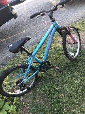 "MONGOOSE GIRLS Bike with gears 20"" for Sale in Nashville, TN"