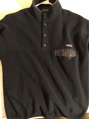 Men's Patagonia Fleece (Navy blue) for Sale in Plainfield, IL