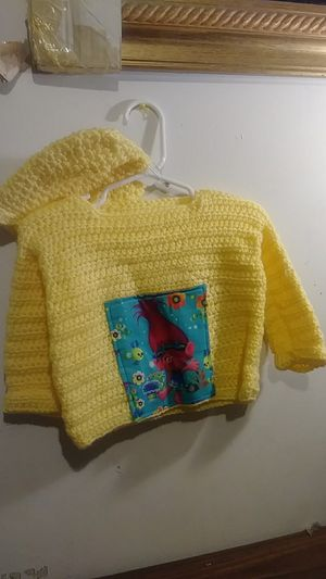 Sweater/Hat Pullover Combo for Sale in Wagener, SC