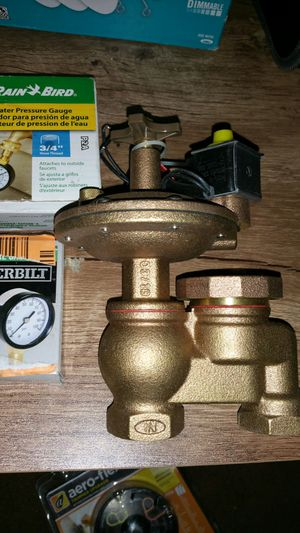 Heavy duty 3/4 in brass anti'siphon automatic sprinkler valve water gauge for Sale in Moreno Valley, CA