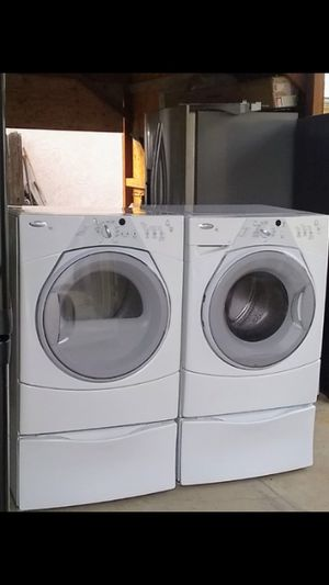 Whirlpool Front Load Washer & Gas Dryer Set for Sale in Bakersfield, CA
