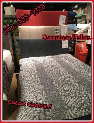 Queen size platform bed frame COLOR CHOICE for Sale in Glendale, AZ