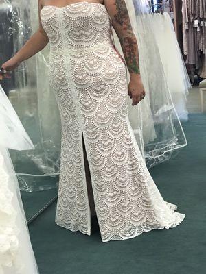 Brand new David's Bridal Wedding Dress for Sale in Johnson City, TN