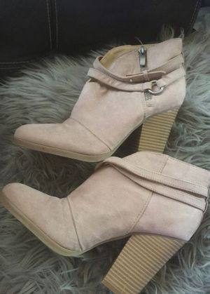 Just Fab boots size 7 for Sale in South Gate, CA