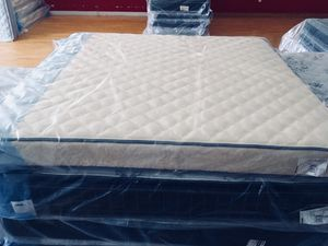 New King Plush Mattress for Sale in Lynchburg, VA