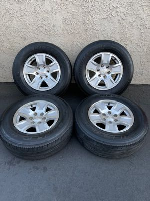 "(4) 17"" Chevy Wheels 265/70R17 tires - $525 for Sale in Santa Ana, CA"