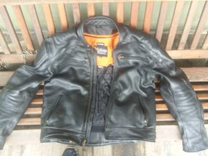 120 obo element advanted motorcycle gear zip out liner excellent condition size L for Sale in Alliance, OH