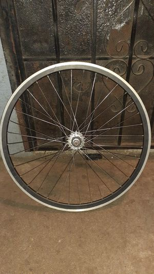 Velocity rear rim for Sale in Los Angeles, CA