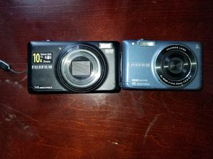 2 Fujifilm cameras for Sale in Wyoming, DE