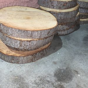 Wood Decorations Center table for Sale in La Puente, CA