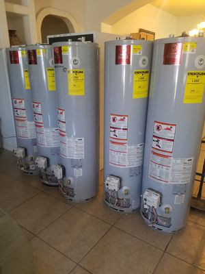 Natural gas water heater for Sale in El Paso, TX