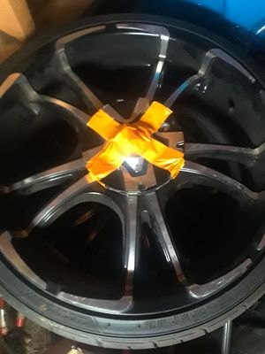 20 ' rims black and chrome for Sale in Providence, RI