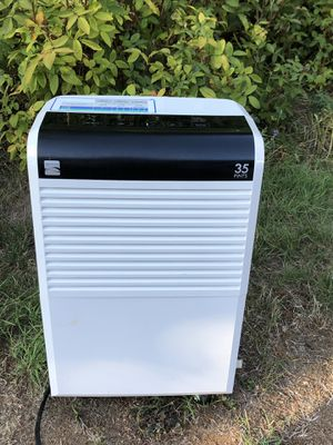 Kenmore 35pint Dehumidifier for Sale in Gig Harbor, WA