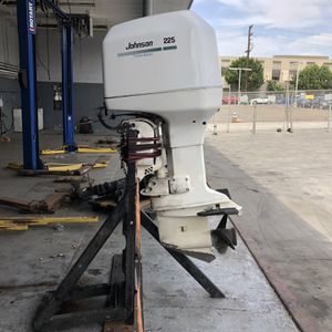 Johnson 225hp Outboard Motor for Sale in San Diego, CA