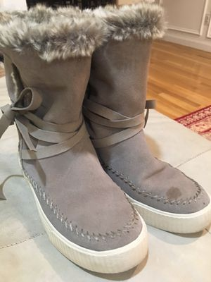 Girls boots size 5 for Sale in Redmond, WA