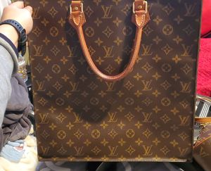 Louis Vuitton tote bag authentic for Sale in Fairfield, CA