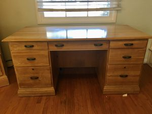 Lexington wood desk for Sale in La Mesa, CA