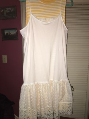 NEW - White Cotton Eyelet Dress or Underslip L to XL for Sale in Tacoma, WA