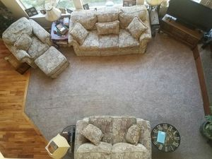 Plush floral fabric couch, loveseat, chair and ottoman set for Sale in Salt Lake City, UT