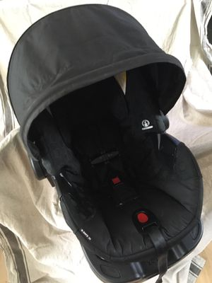 Britax B-safe35 infant car seat for Sale in Portland, OR