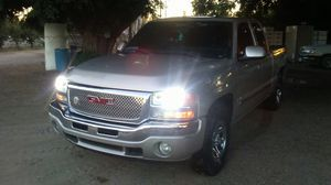 Gmc sierra 2006 clean title low miles 116 000 for Sale in Sanger, CA