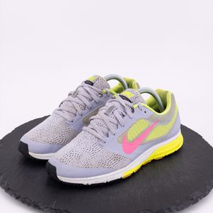 Nike Zoom Fly 2 womens shoes size 9 for Sale in Omaha, NE