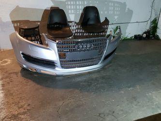 Audi Q7 Bumper for Sale in Vernon,  CA