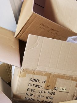 FREE MOVING BOXES / OCEAN SIZE for Sale in Garden City,  MI