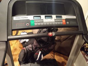 Treadmill with incline for Sale in Pico Rivera, CA