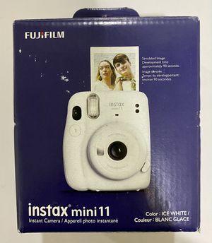 Fujifilm Instax Mini 11 Camera + Pack 20 film for Sale in Kirkland, WA