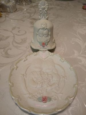 Precious Moments Wedding Bell & Anniversary Plate for Sale in Grapevine, TX