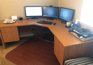 Office computer desk set, L shape, large, gaming desk for Sale in Chula Vista, CA