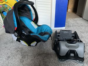 Stroller, car seat, car seat base for Sale in Winter Haven, FL