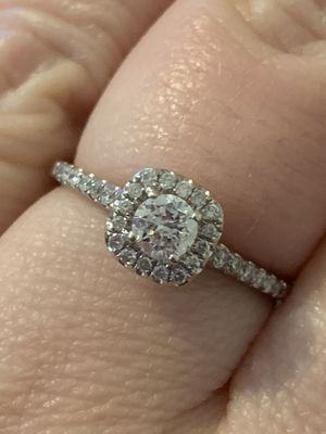 10k white gold diamond engagement ring for Sale in Murphy, TX