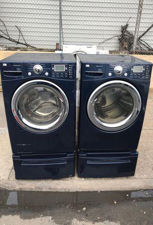 Lg washer n gas dryer set for Sale in Philadelphia, PA