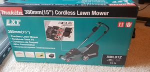 "15 "" makita lawn mower for Sale in Anaheim, CA"