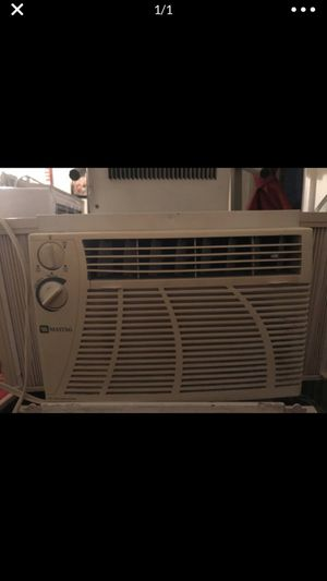 5000 BTU air conditioner in good condition blows cold air for Sale in Washington, DC