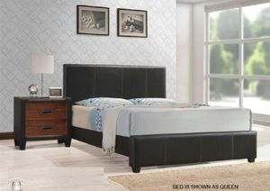 King size platform Bed! for Sale in Chicago, IL
