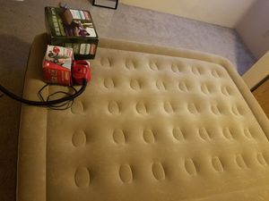 Used Queen Air Mattress for Sale in Bremerton, WA