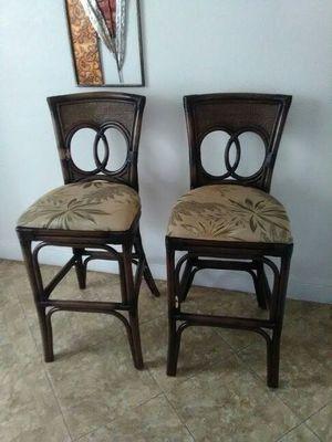 2 bar stools for Sale in Orlando, FL