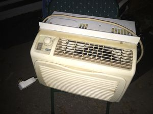 Nice AC unit works great only 50 Firm for Sale in Glen Burnie, MD