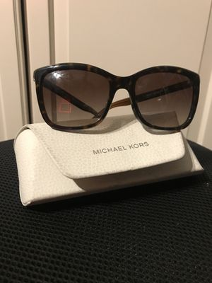 MICHAEL KORS WOMENS SUNGLASSES for Sale in Los Angeles, CA