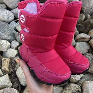Snow Boots for Sale in Menifee, CA