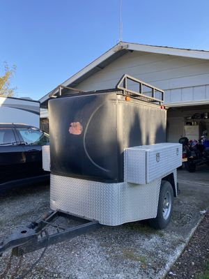 4x6 enclosed cargo trailer for Sale in Hubbard, OR