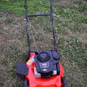 Briggs and Stratton 625EX 150CC Mower Great Condition for Sale in Venus, TX